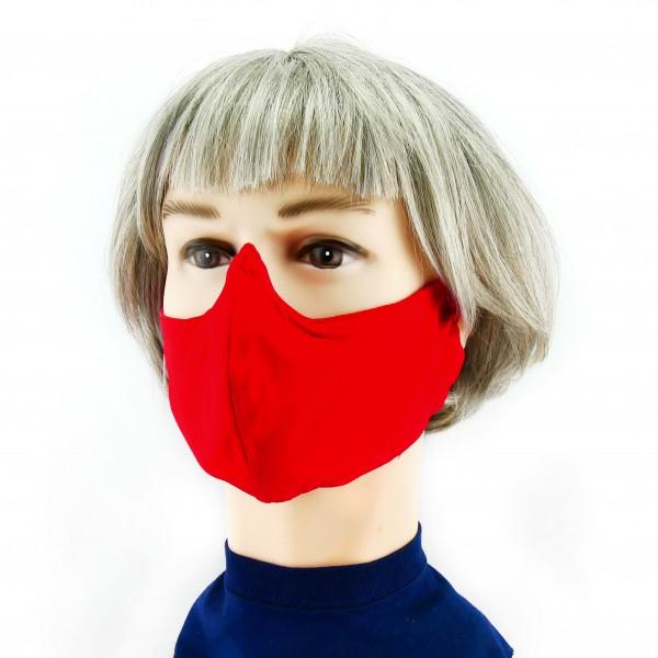 mujer con Mascarilla roja